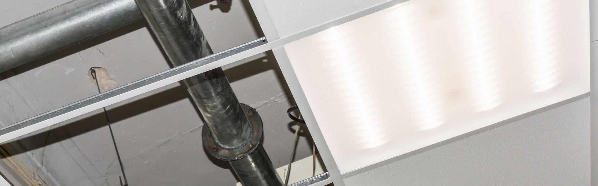 Goulotte Pour Plafond comment cacher des canalisations après construction ?